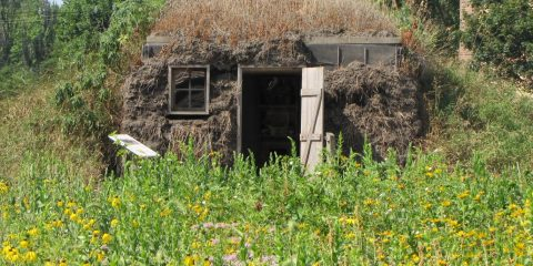 "Ma & Pa Ingalls #3""On the Banks of Plum Creek"""